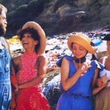 Paolo Villaggio con Mario Pedone, Anna Mazzamauro e Milena Vukotic in Fantozzi subisce ancora