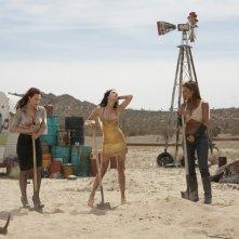Erin Cummings, Julia Voth e America Olivo nel film Bitch Slap - Le superdotate