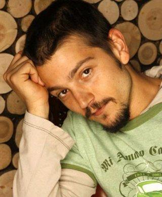 L'attore messicano Diego Luna