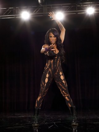 Laurieann Gibson nel programma TV The Dance Scene