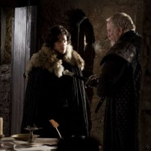Kit Harington e James Cosmo in una scena dell'episodio Baelor di Game of Thrones