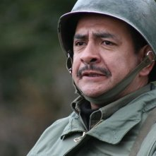 Sergio Hernández nel dramma Dawson, Island 10