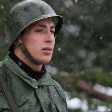 Un ufficiale militare nel film Dawson, Island 10