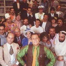 Renzo Arbore (al centro) e la gang di Quelli della Notte.