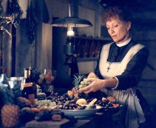 Stephane Audran in una scena de Il pranzo di Babette