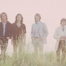 Robby Krieger, Jim Morrison, Ray Manzarek e John Densmore nel film When You're Strange