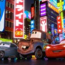 Cars 2: Finn McMissile, Cricchetto e Saetta McQueen sotto i riflettori di Tokyo