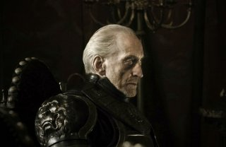 Charles Dance  in una scena dell'episodio Fire and Blood di Game of Thrones