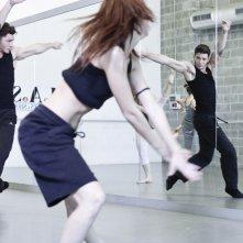 Stefano De Martino durante le prove al MAS con altri ballerini