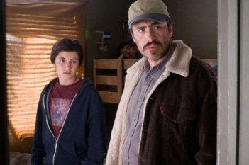 Demián Bichir e Tim Griffin nel film A Better Life