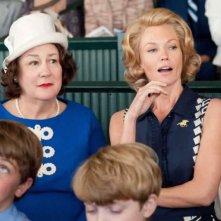 Diane Lane con Margo Martindale nel film Secretariat