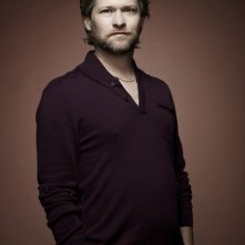 Todd Lowe in una foto promozionale della stagione 4 di True Blood