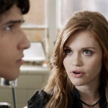 Tyler Posey e Holland Roden nell'episodio 'Second Chance at First Line' di Teen Wolf