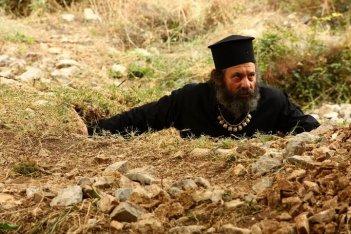 Edmond Budina in una sequenza del film Ballkan Bazar