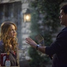 D.W. Moffett e Katie Leclerc nell'episodio 'American Gothic' di Switched at Birth