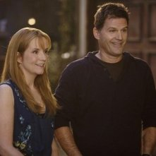 Lea Thompson e D.W. Moffett nell'episodio 'American Gothic' di Switched at Birth