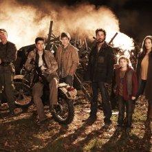 Un'altra immagine promozionale del cast della serie Falling Skies