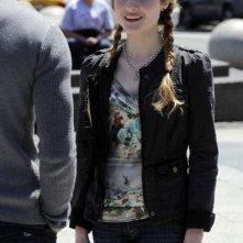 Una foto di Skyler Samuels nell'episodio 'Green Star' di The Nine Lives of Chloe King