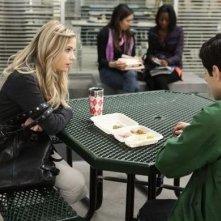Ashley Benson nell'episodio 'Blind Dates' di Pretty Little Liars stagione due