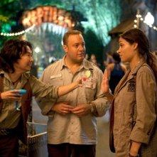 The Zookeeper (Il signore dello zoo): Kevin James tra Ken Jeong e Rosario Dawson