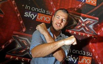 Alessandro Cattelan è il conduttore della quinta edizione di X-Factor