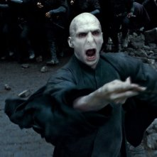 Ralph Fiennes è Lord Voldemort in Harry Potter e i doni della morte - parte 1