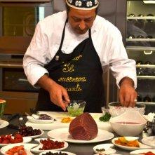 Carmelo Chiaramonte durante il suo programma La cucina di Carmelo Chiaramonte
