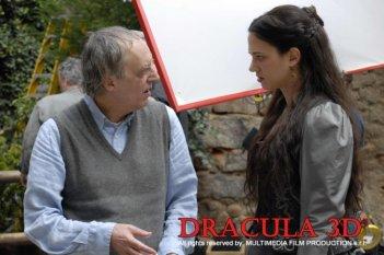 Dario Argento sul set del suo Dracula 3D accanto a sua figlia Asia