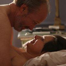 William Hurt e Isabella Rossellini in una sequenza di Late Bloomers