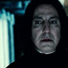 Alan Rickman in una sequanza di Harry Potter e i doni della morte parte 2