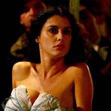 Giuseppe Moscati: Paola Casella canta 'A Sirena in una scena della fiction tv