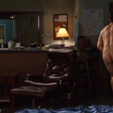 Jake Gyllenhaal completamente nudo in una scena di Amore ed altri rimedi