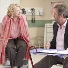 Candice Bergen e Hugh Laurie nell'episodio Larger Than Life di Dr House