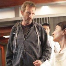 Hugh Laurie in una scena dell'episodio 'Andare avanti' di House