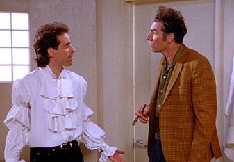 Jerry Seinfeld e Michael Richards in una scena dell'episodio The Puffy Shirt di Seinfeld