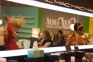 America's Next Drag Queen: le concorrenti al trucco