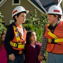 Zachary Gordon e Robert Capron in una scena di Diary of a Wimpy Kid con