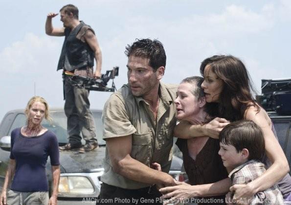 Andrew Lincoln E Sarah Wayne Callies In Una Delle Prime Foto Di Scena Della Stagione 2 Di The Walkin 209829