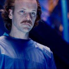 Peter Sarsgaard in una scena del film Lanterna Verde