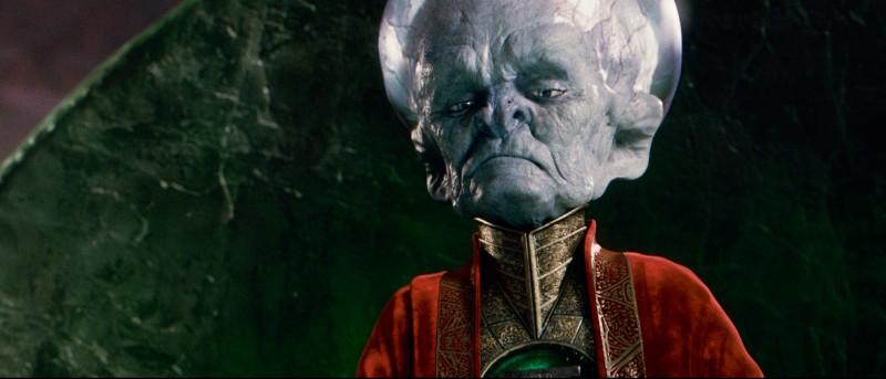 Uno Dei Guardiani Nel Film Lanterna Verde 2011 209837