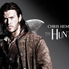 Chris Hemsworth è il Cacciatore in una delle prime immagini promo di Snow White and the Huntsman