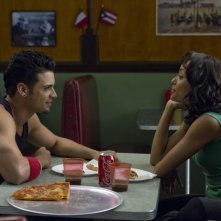 Christopher 'War' Martinez con Katerina Graham in Honey 2