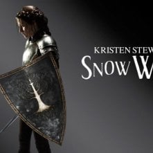 Kristen Stewart è Biancaneve in una delle prime immagini promo di Snow White and the Huntsman