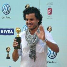 Mohamed Zouaoui premiato per I fiori di Kirkuk