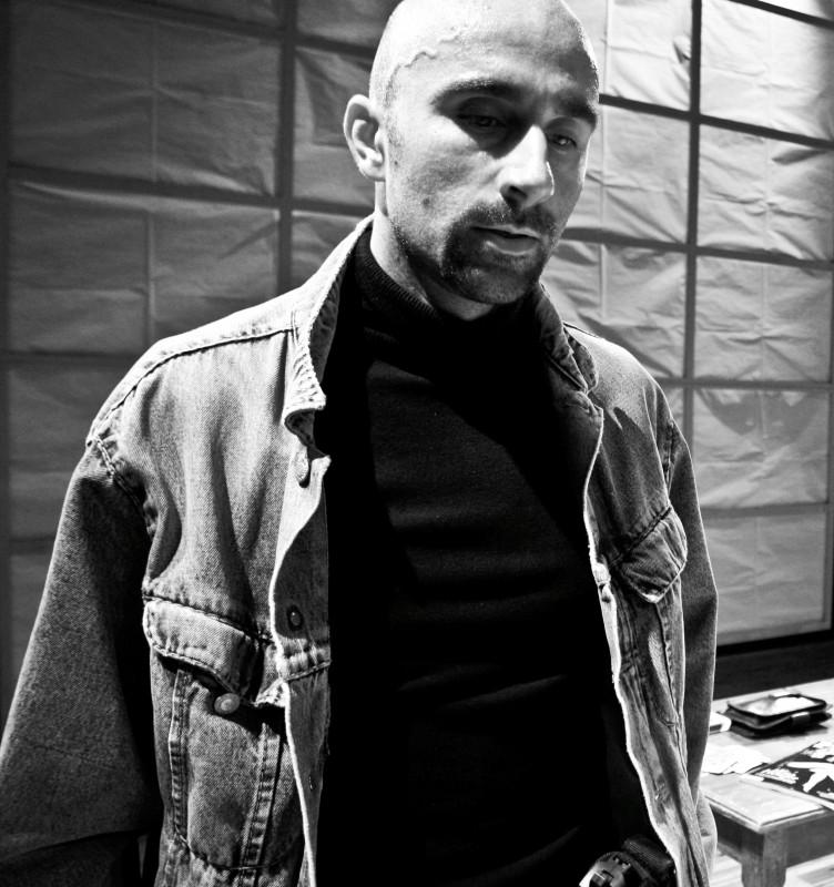 Daniele Giulietti In Corto Circuito Uno Spettacolo Contemporaneo Scritto Da Piero Oliveri Foto Silvi 210074