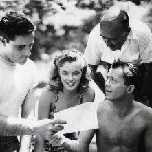 Lon McCallister, Marilyn Monroe (al centro) con Robert Karnes e F. Hugh Herbert  sul set di Scudda Hoo! Scudda Hay!