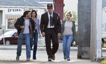 Emile Hirsch e Juno Temple fratelli in cerca di denaro in Killer Joe