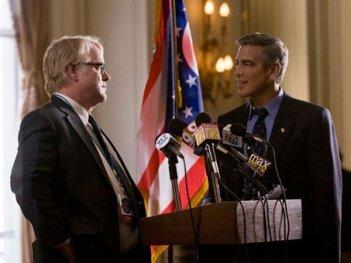 Faccia a faccia tra George Clooney e Philip Seymour Hoffman in Le idi di marzo