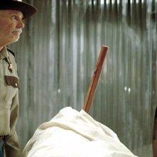 Faccia a faccia tra Val Kilmer e Bruce Dern in Twixt