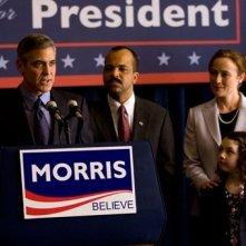 George Clooney impegnato in un comizio politico in Le idi di marzo